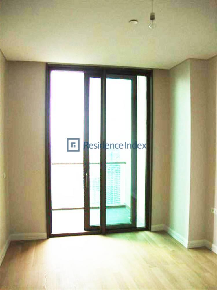 For Sale 1 + 1 High Floor