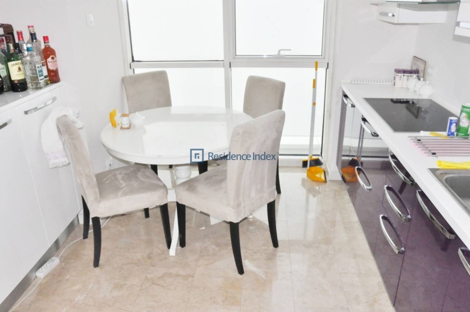 Apartment For Sale in Mashattan