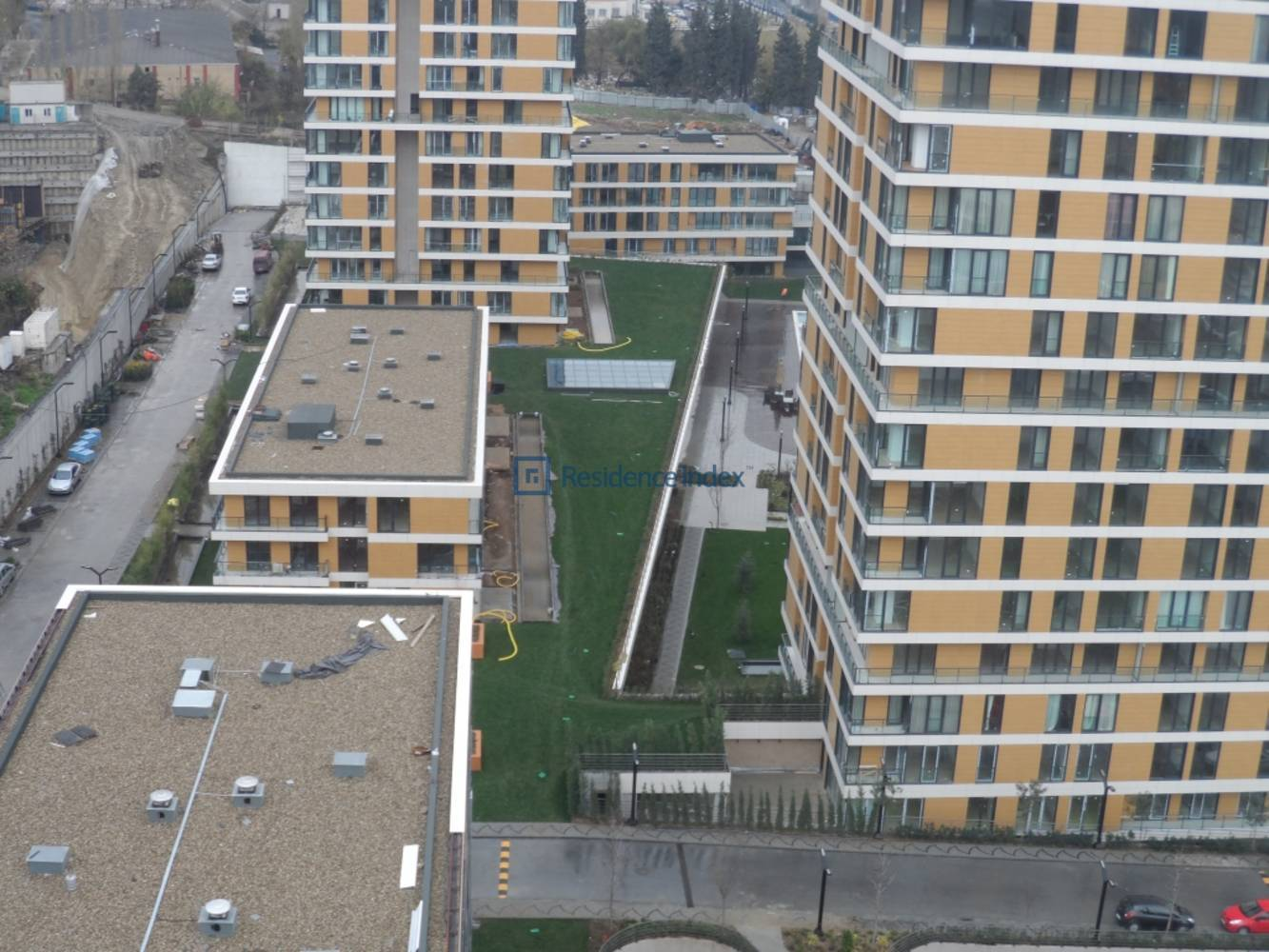 Flat For Rent In İstwest 1+0