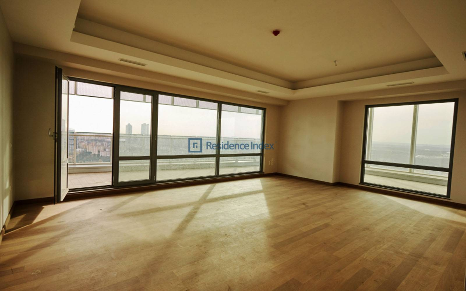 3 + 1 183 m2 Street Front Apartment for sale