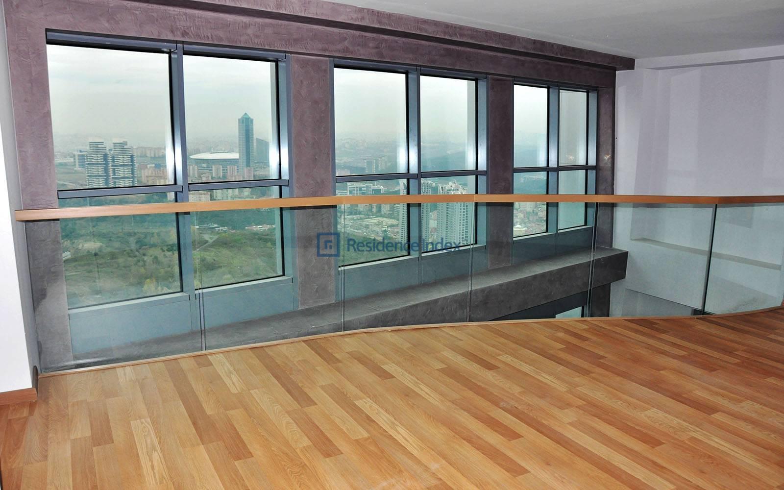 3 + 1 Loft Duplex
