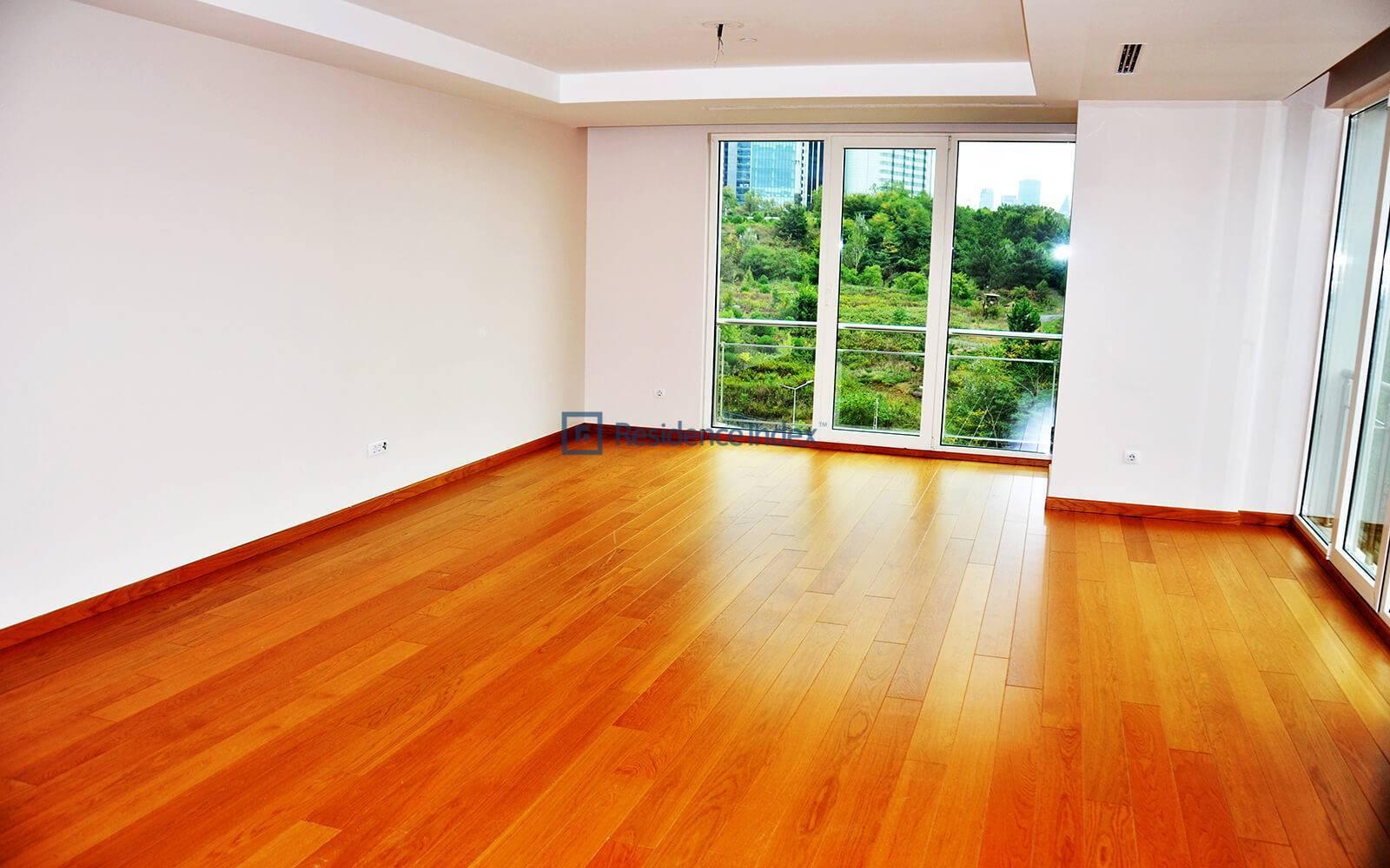 3 + 1 Type A Low Floor