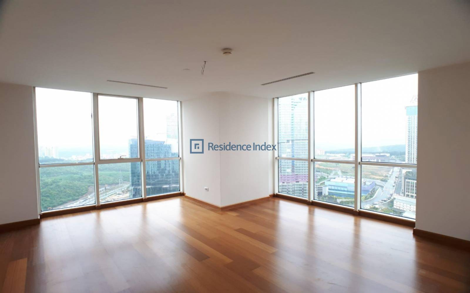 Mashattan - For Sale 3 + 1 High Floor Spacious Apartment