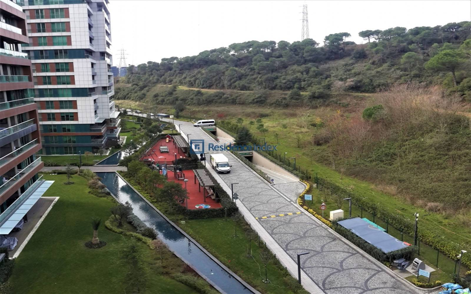 3 + 1 Spacious Apartment For Sale