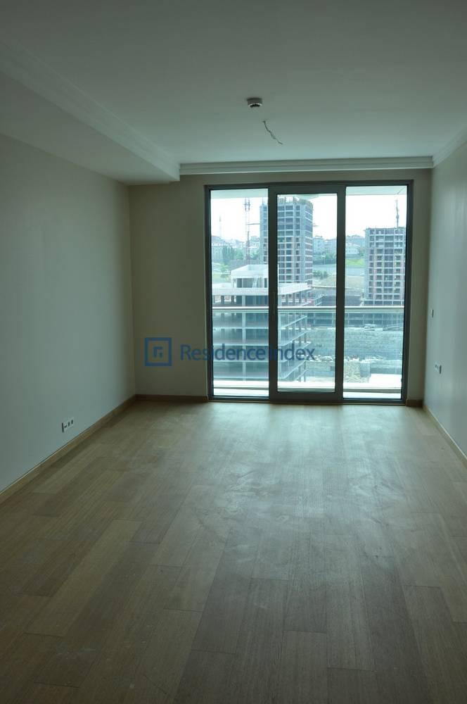 3+1 High Floor Spacious Apartment for Sale