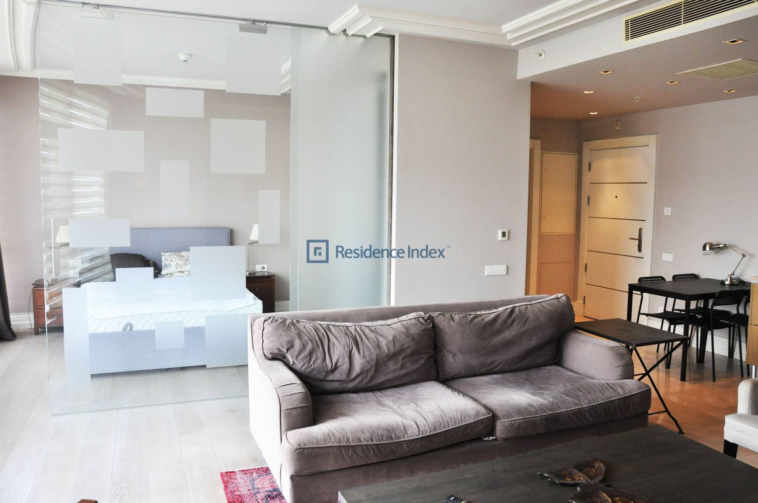 Luxury Furnished 1 + 1 Apartment For Rent